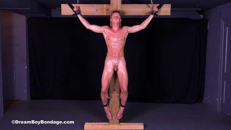 dream_boy_bondage_crucified_torture_03