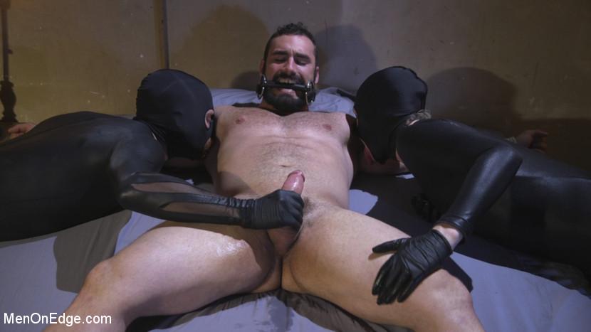 jaxton_wheeler_gay_bondage_03