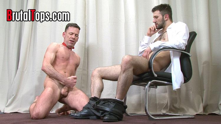 brutal_tops_gay_bondage_07
