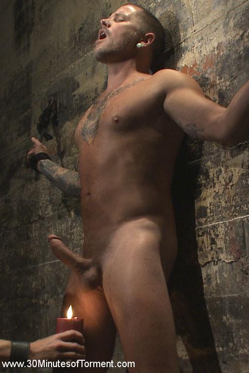 gay_bondage_max_cameron_01