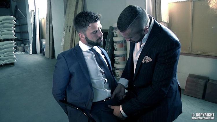 gay_bondage_men_at_play_05