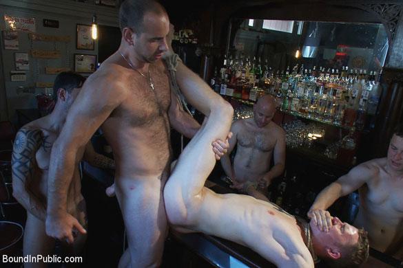 girth_brooks_cole_brooks_gay_bondage_02
