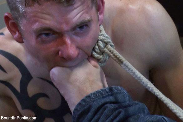 girth_brooks_cole_brooks_gay_bondage_03