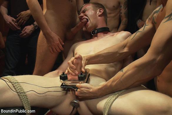 blake_daniels_gay_bondage_04