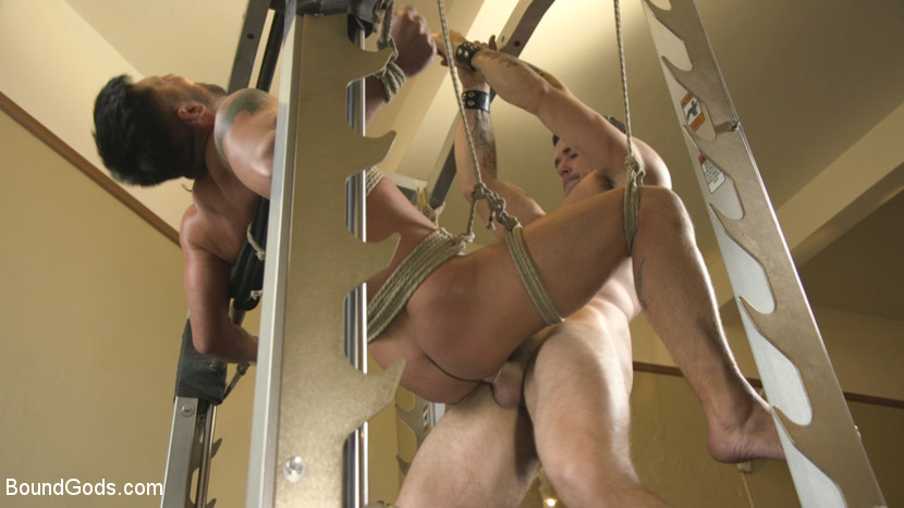 dominic_pacifico_and_trenton_ducati_gay_bondage_08