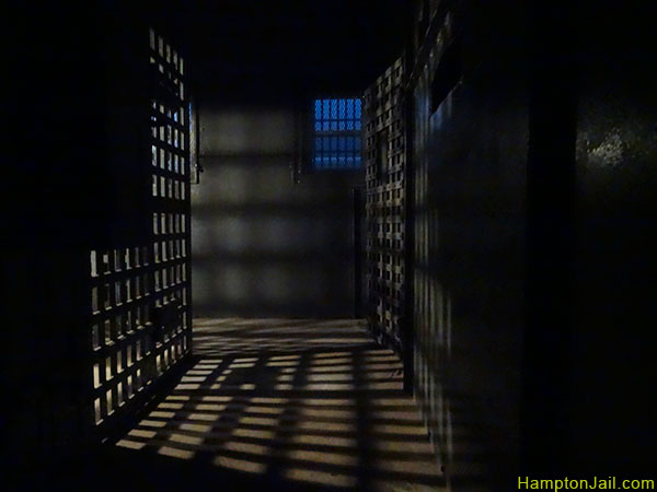 hampton_jail_metalbond_10