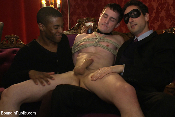 josh_west_gay_bondage_00