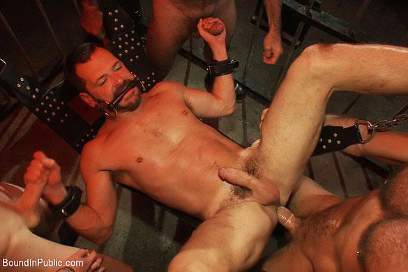mack_prison_sex_club_gay_bondage_04