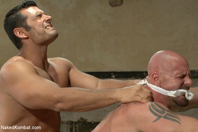 marcus_ruhl_vs_mitch_vaughn_gay_muscle_wrestling_07
