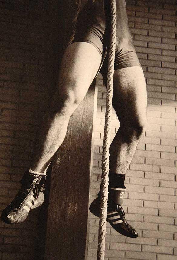 metalbondnyc_men_with_rope_05
