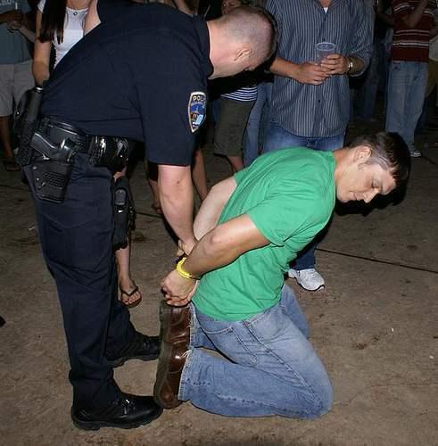 metalbondnyc_handcuffed_14