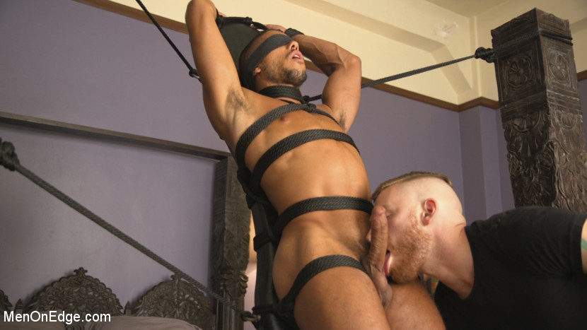 mike_maverick_gay_bondage_11