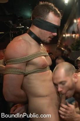 noah_brooks_gay_bondage_ad