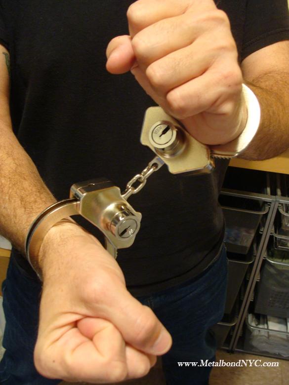 MetalbondNYC gay bondage blog