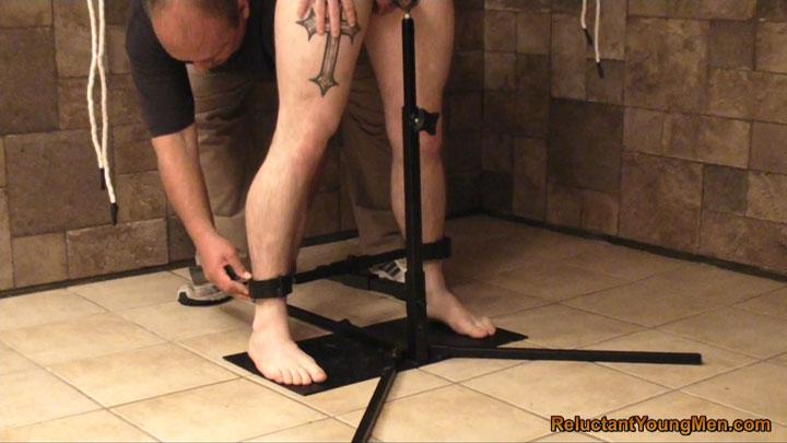 gay bondage videos