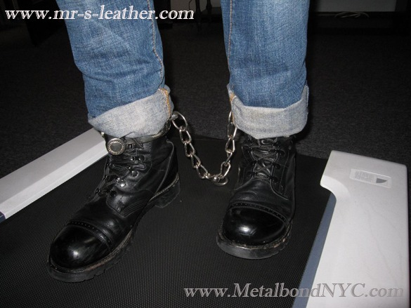 Booted prisoner with leg irons 04