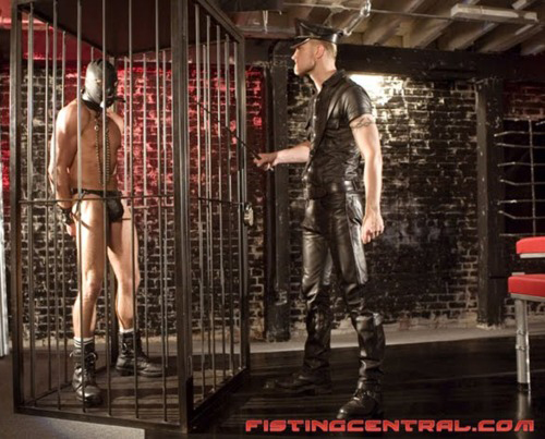 MetalbondNYC gay male bondage 08