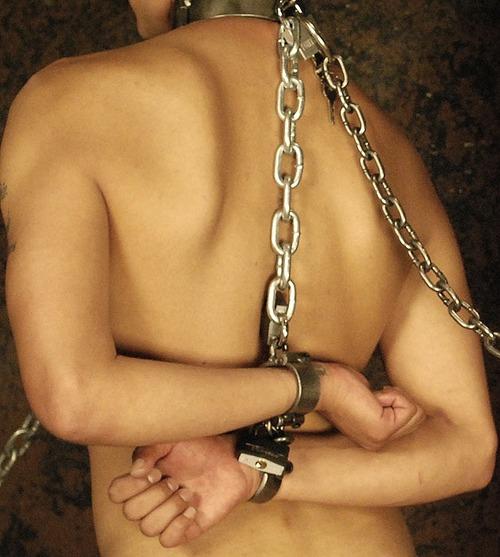 MetalbondNYC_ChainedMen_06