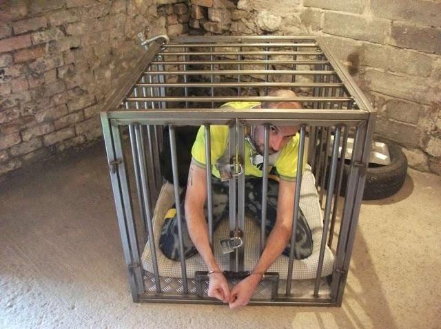 MetalbondNYC_caged_03
