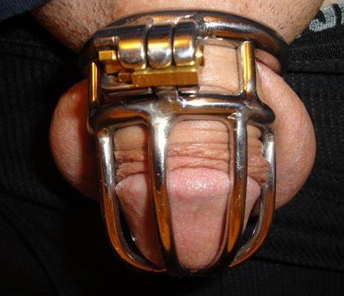 MetalbondNYC_chastity_05a
