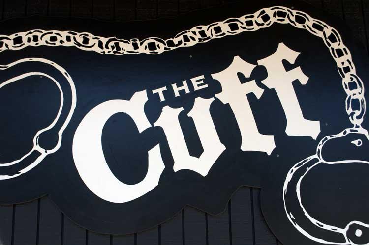 03_Cuff