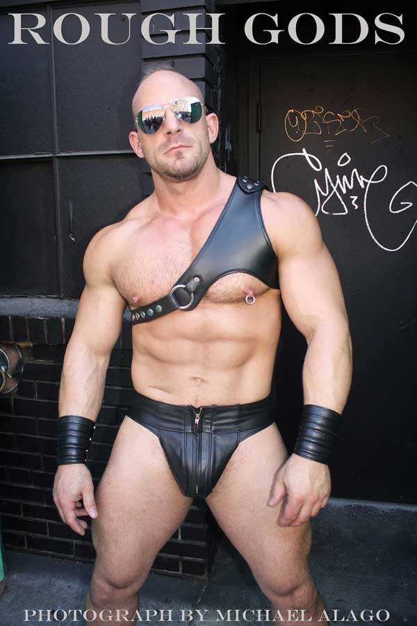MetalbondNYC_hot_dominant_men_01