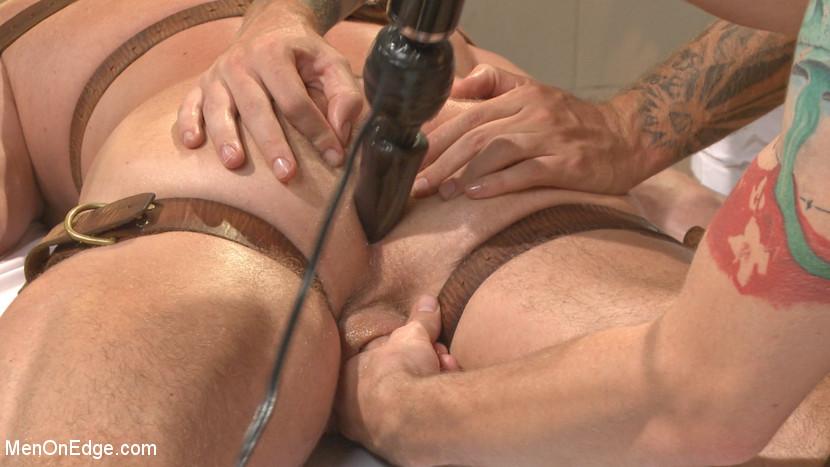 MetalbondNYC_gay_male_bondage_39076_3