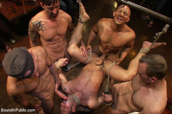 MetalbondNYC_gay_bondage_humiliation_05