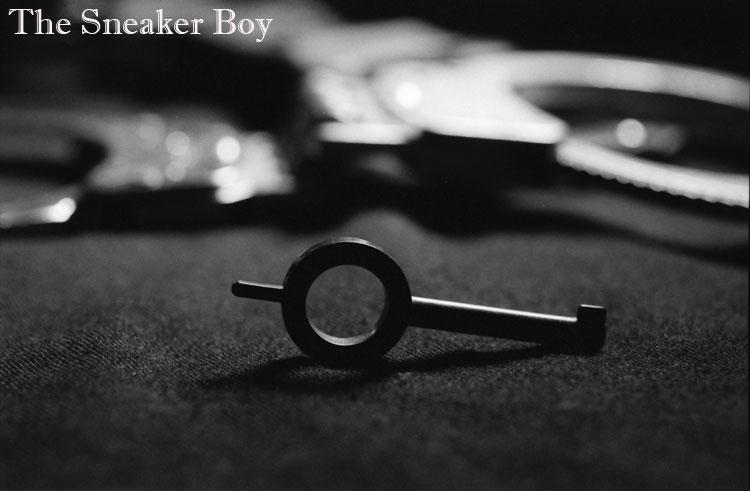 MetalbondNYC_gay_male_bondage_Sneaker_Boy_handcuffs_04