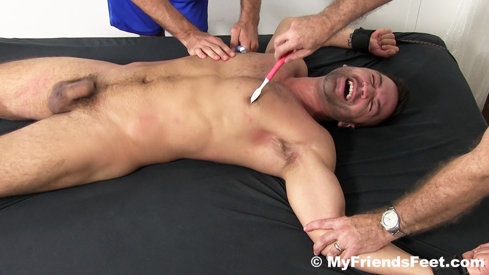 Dominic_Pacifico_tickled_gay_bondage_04