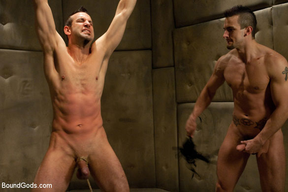 Gay_Bondage_Phenix_Saint_02
