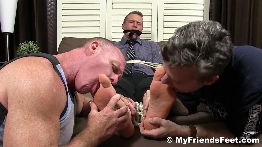 Gay_Male_Bondage_Tickling_gagged_04