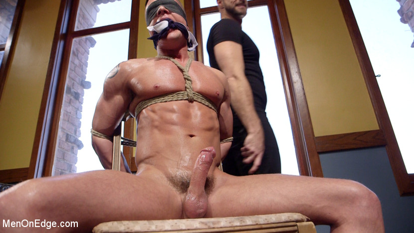 Gay_bondage_Rex_Cameron_01