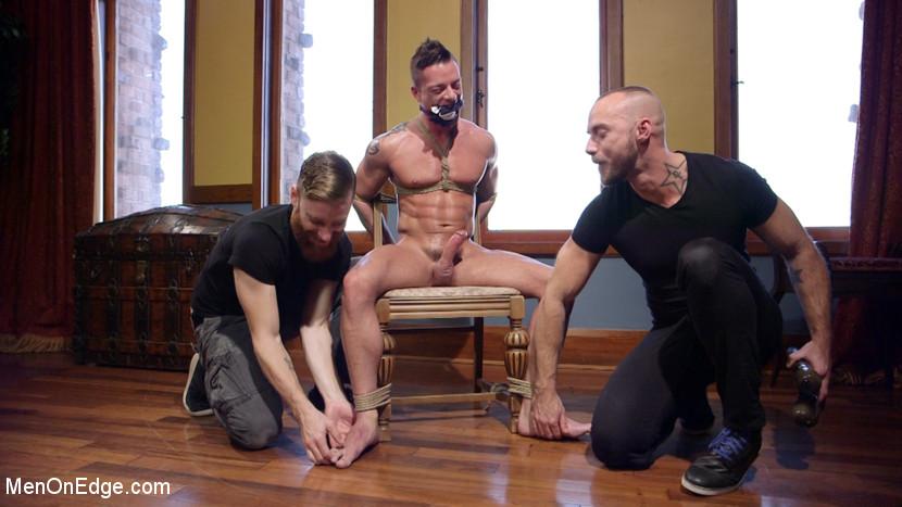 Gay_bondage_Rex_Cameron_06