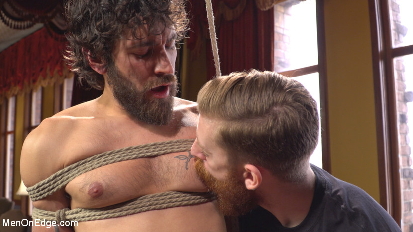 Dale_Cooper_Men_On_Edge_gay_bondage_01