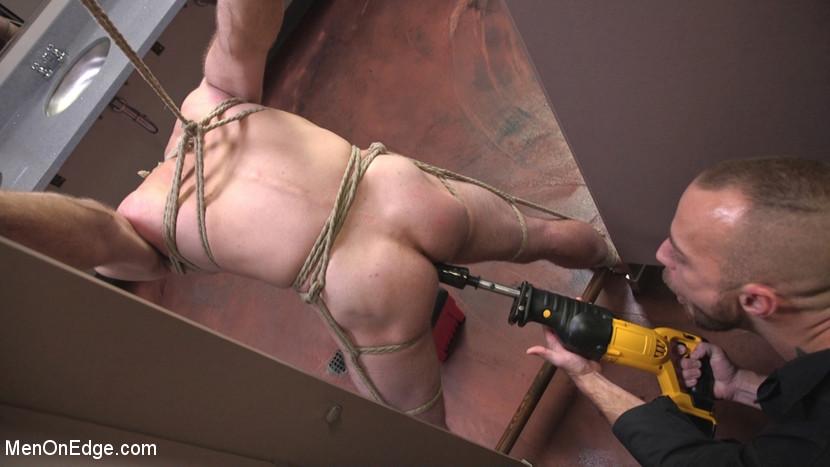 Jonah_Marx_gay_bondage_04