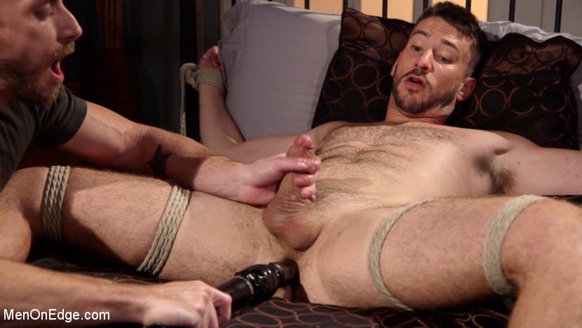 Owen_Powers_gay_bondage_05