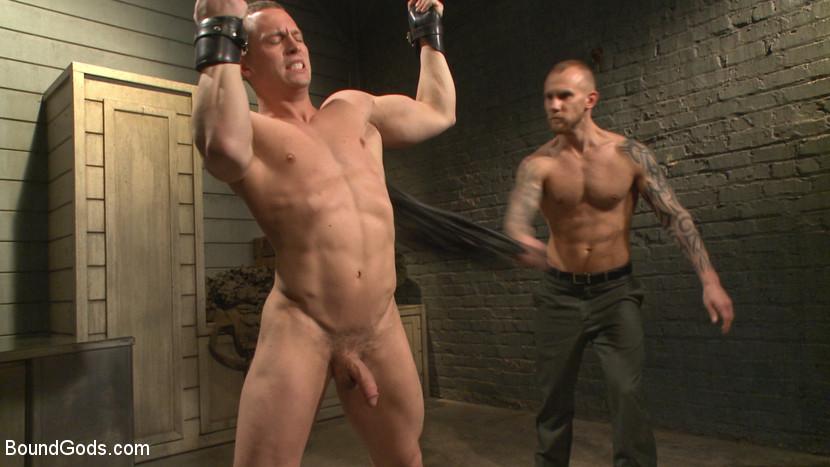 Tommy_Regan_Damien_Michaels_gay_bondage_04