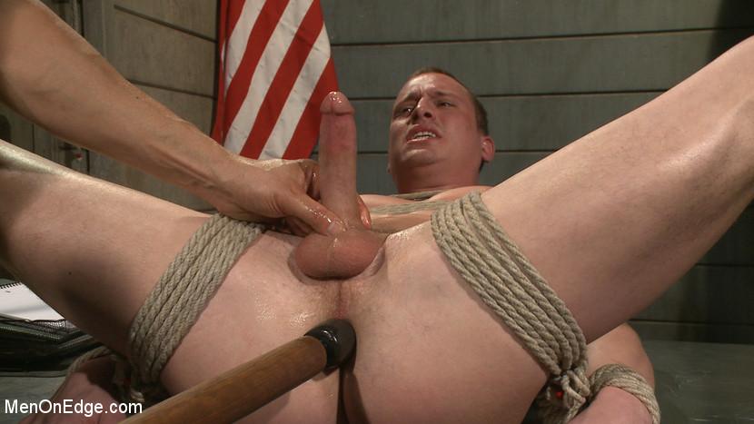 Tommy_Regan_gay_bondage_08