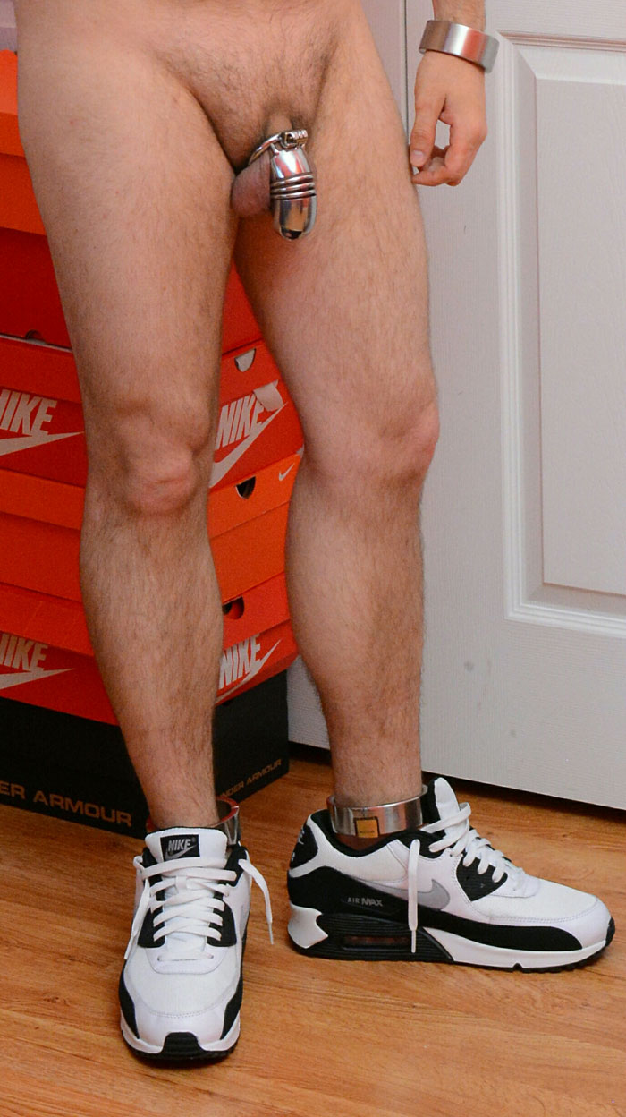 Chris_Mitchell_Sneaker_Boy_chastity