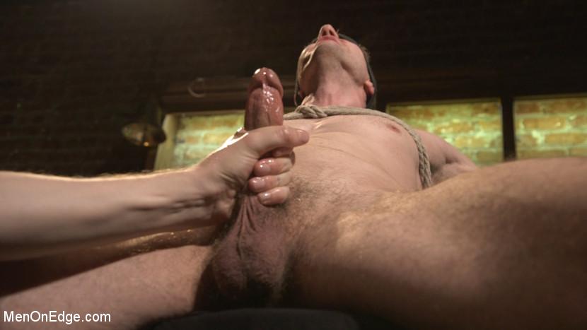 Branden_Forrest_gay_bondage_02