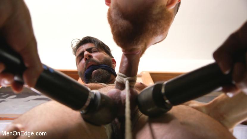 Adam_Ramzi_gay_bondage_02