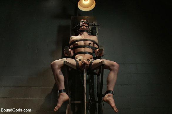 Josh_West_gay_bondage_05