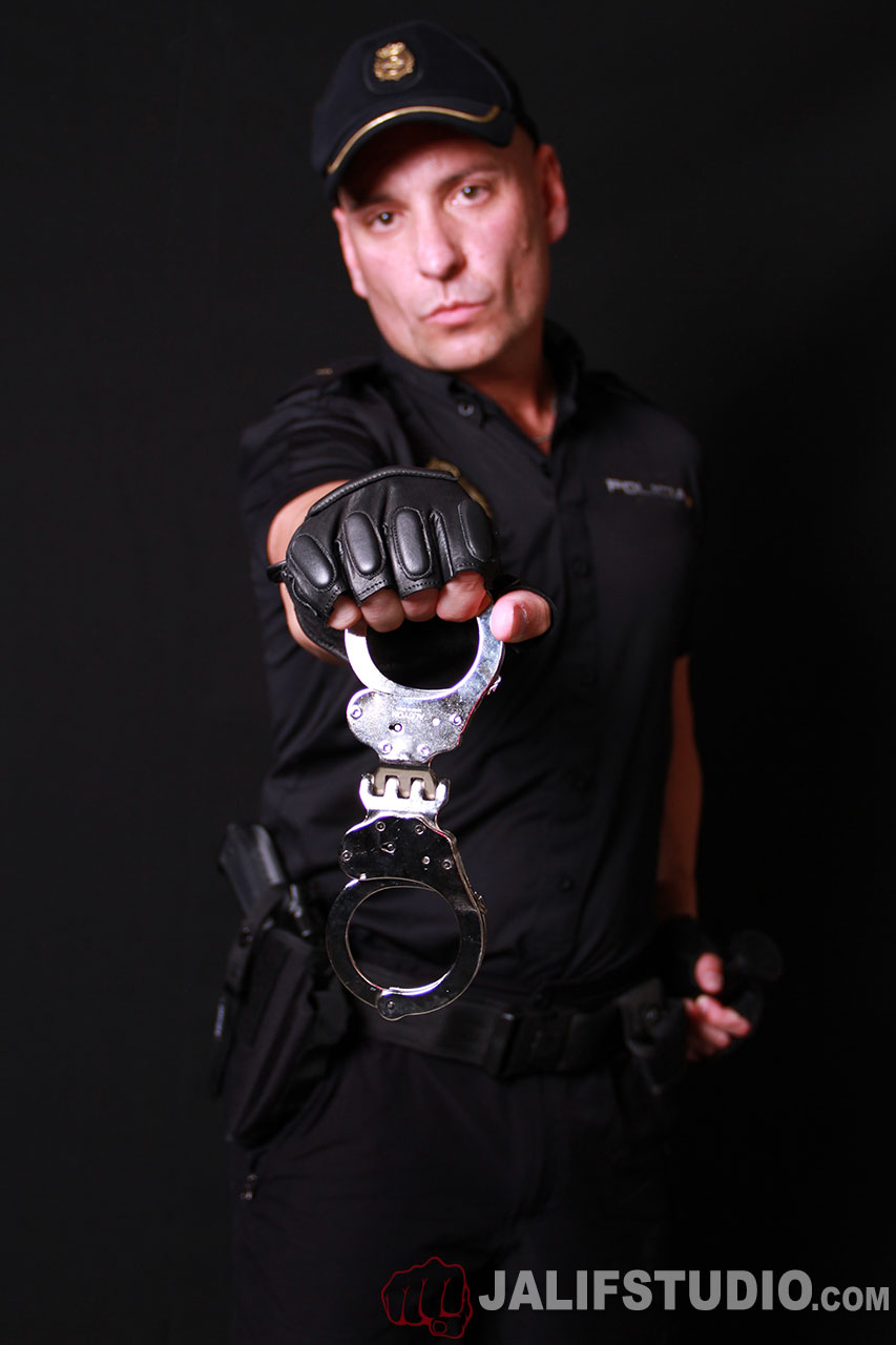 MetalbondNYC_show_me_your_cuffs