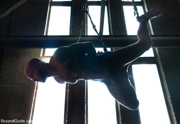 Tristan_Jaxx_Drake_Jaden_gay_bondage_09