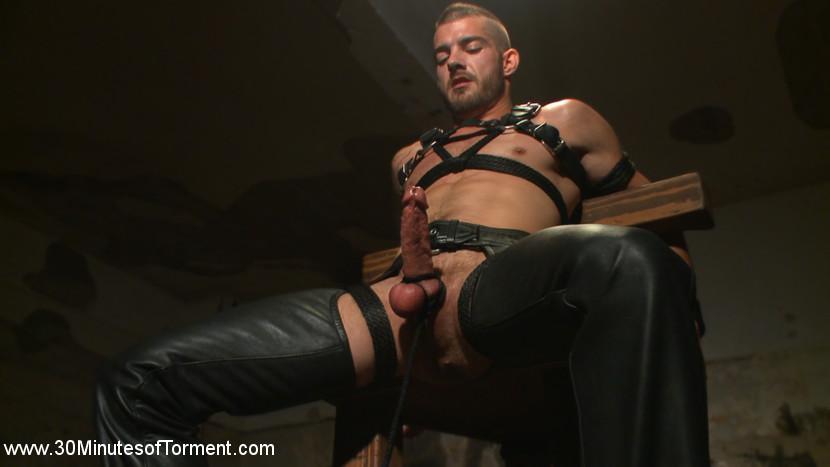 Tryp_Bates_gay_bondage_torture_05