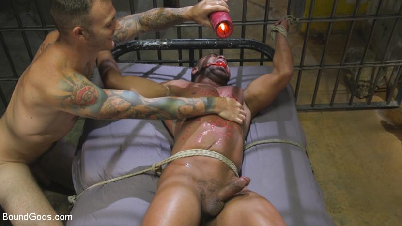 Christian_Wilde_Micah_Brandt_gay_bondage_06