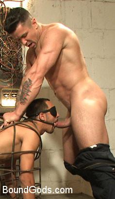 Christian_Wilde_Micah_Brandt_gay_bondage_ad