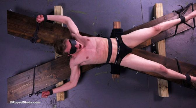 Pictures and video: Noah at Roped Studs