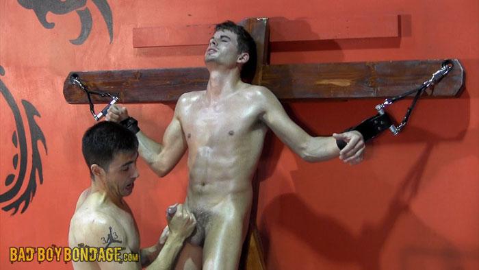 Gay_Male_Bondage_05